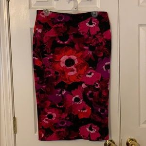 Large Guess Pencil Skirt